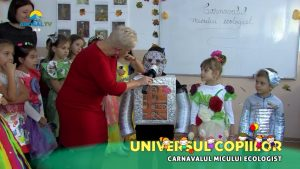 11-11-2018 UNIVERS CARNAVALUL ECOLOGIST(1).mp4_snapshot_02.46